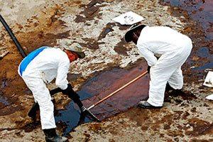 Услуги вывоза загрязненных нефтепродуктов